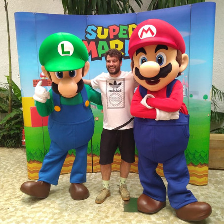 Mario Day reúne fãs durante evento em lojas Riachuelo e Havaianas