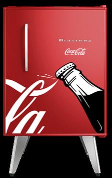Brastemp lança edição exclusiva de frigobar retrô em parceria com a Coca-Cola®