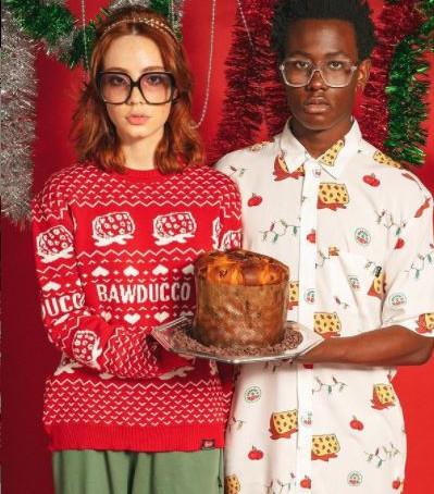 Bauducco lança coleção exclusiva de roupas para o Natal em parceria com a marca Baw Clothing