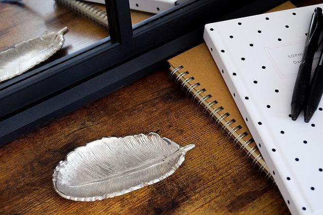 12.5 cm Feather Shaped Silver Aluminium Dish
