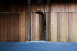 newport residence entry battening