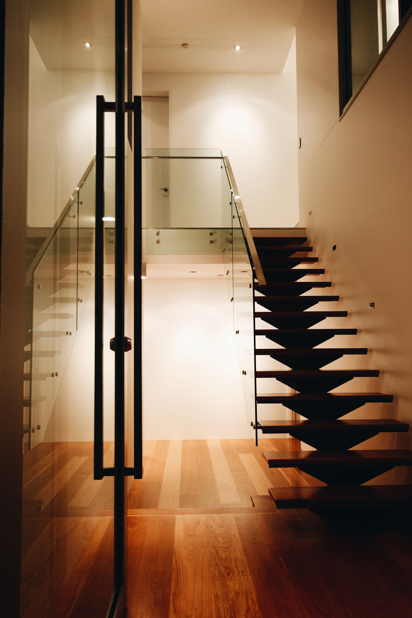 k-house entry stairs