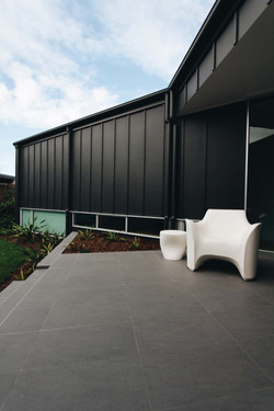 VK House - Outdoor Lounge