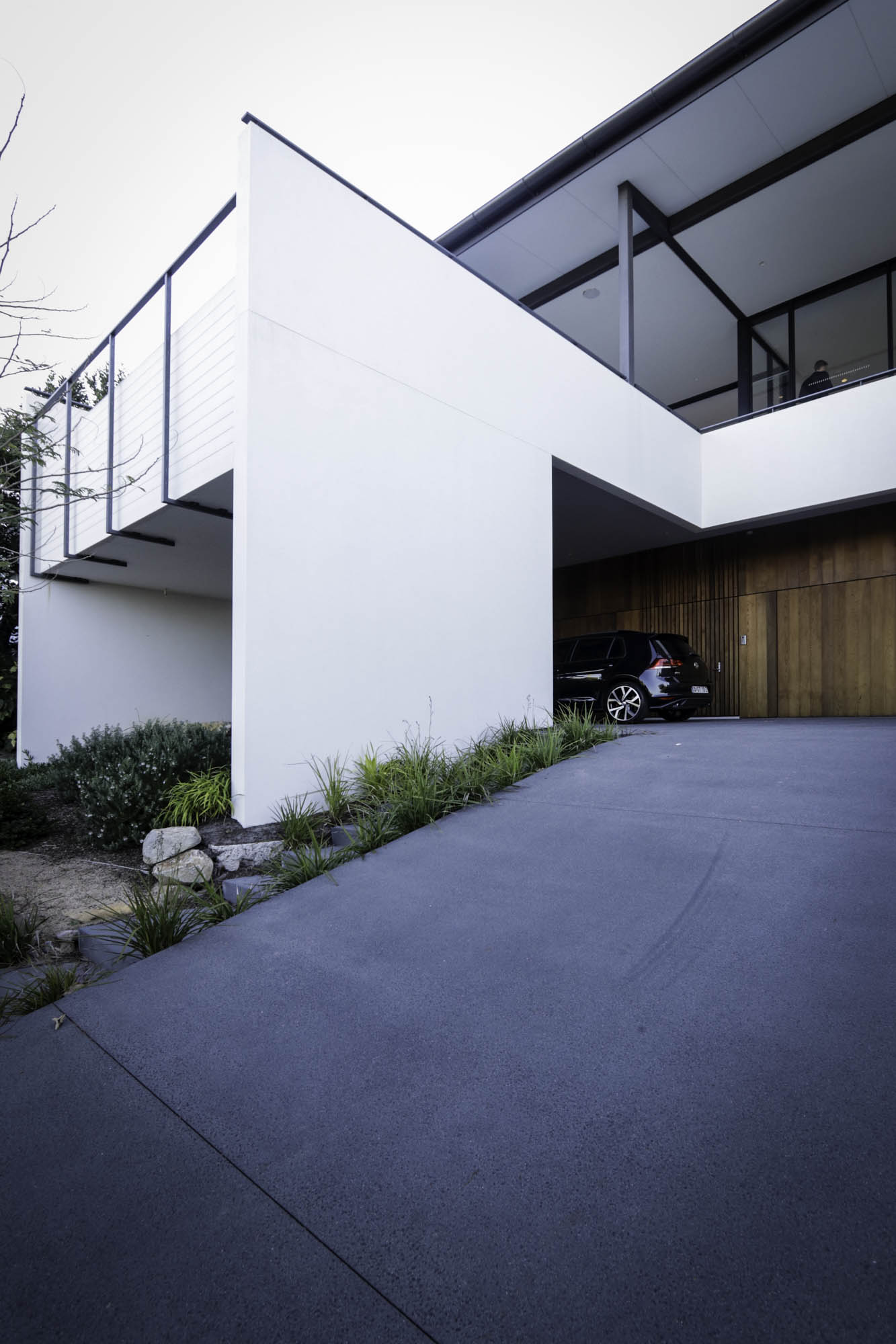 newport residence driveway