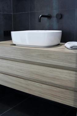 sydney avenue bathroom detail