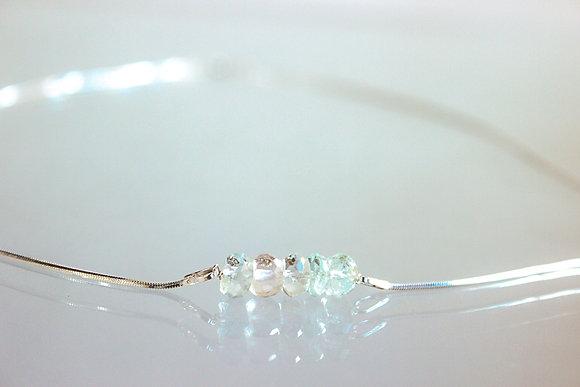 Silber-Collier mit wunderschönem Aquamarin