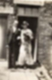 Dobbins, Andy & Peggy 2 July 1932.jpg