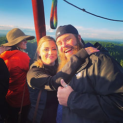 Passenger engagement and proposal aboard a hot air balloon ride
