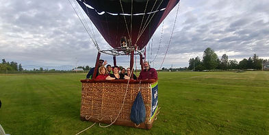 Ready for hot air balloon tour launch near Mt Rainier