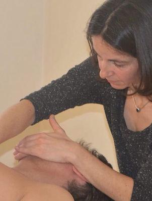 Behandlung bei Kofschmerz und Migräne