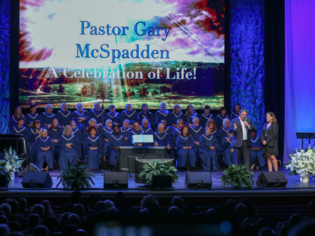 Hundreds gather for pastor/songwriter Gary McSpadden's Celebration of Life