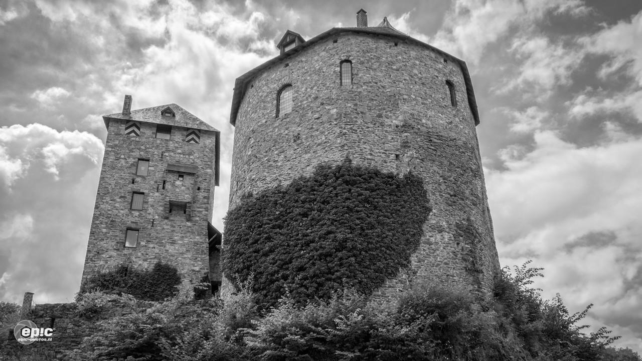 Reinhardstein: Moody Tower