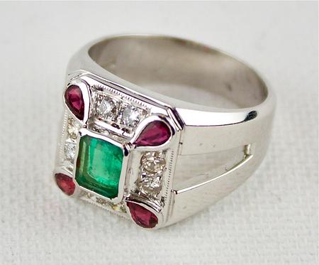 18ct White Gold Ring With Columbian Emerald Corner Rubies