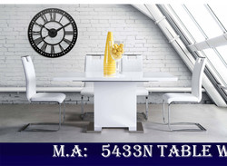 5433N Table with 738S4 Chairs