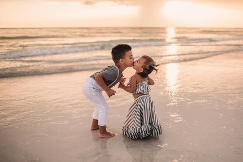 Fallon Photography: Sarasota Family Photographer Lido Beach