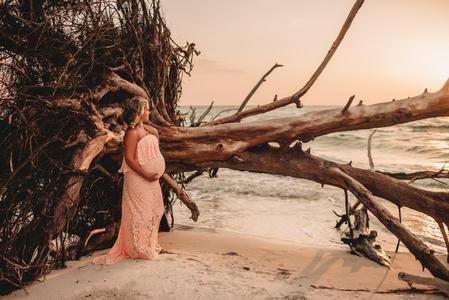 Fallon Photography: Sarasota Maternity Photographer Beer Can Island Longboat Key