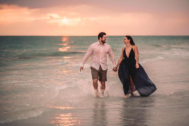 Fallon Photography: Siesta Key Photographer * Sarasota Engagement Photographer * Sarasota Couples Photographer