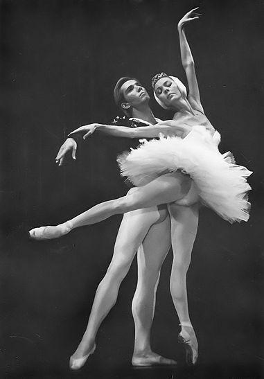 Stanislav-Feco-ballet-dancer (1).jpg