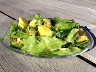 Segasalat mango ja oliividega