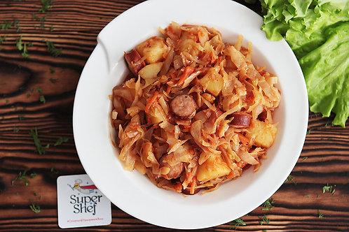 Солянка из свежей капусты с колбасками