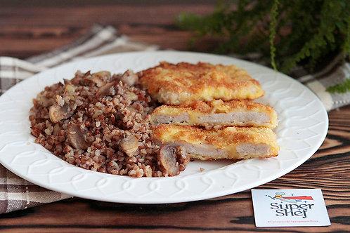 Шницель из свинины с гречкой и шампиньонами