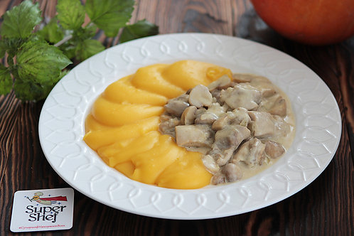Фрикасе из курицы с картофельно-тыквенным пюре