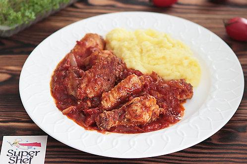 Куриные крылышки в томатном соусе по-итальянски/пюре