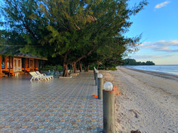 beach front bungalows location