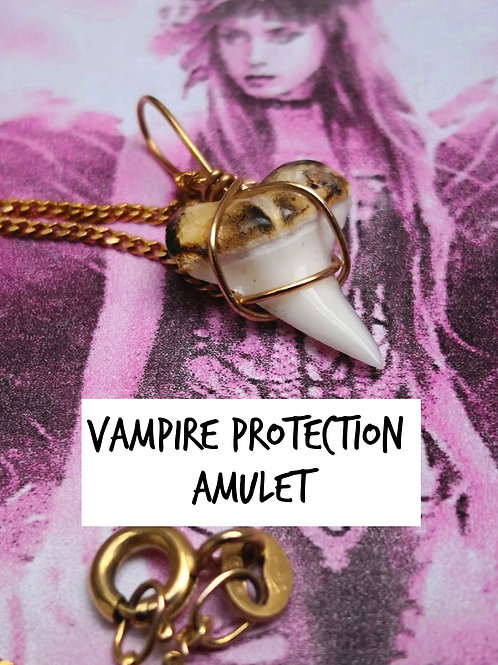 Vampire DARK ANGEL of protection amulet. Solid 9ct gold and vampire tooth
