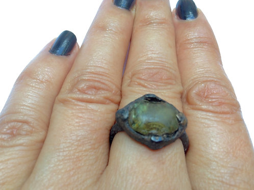 Haunted Medieval bronze Ring~Powerful LOVE. white spirit ghost