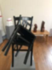 chaises_noires_bd.jpg