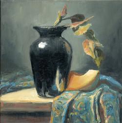 6_10 Black Vase with Cantaloupe