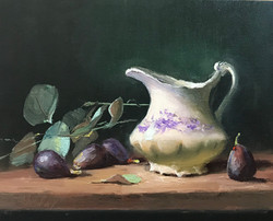 Creamer with Figs