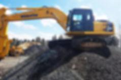 Excavation Carrière est l'entrepreneur par excellence spécialisé en excavation à Lac-Etchemin: drainage, terrassement, scarification, vente de fosses septiques, vente de matériaux liés à l'excavation, installation septique conventionnelle, creusage de fossés et de solages, et construction de chemins forestiers