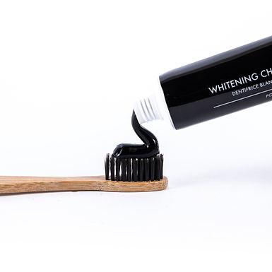 Brosse à dents en bambou Charbon Noir