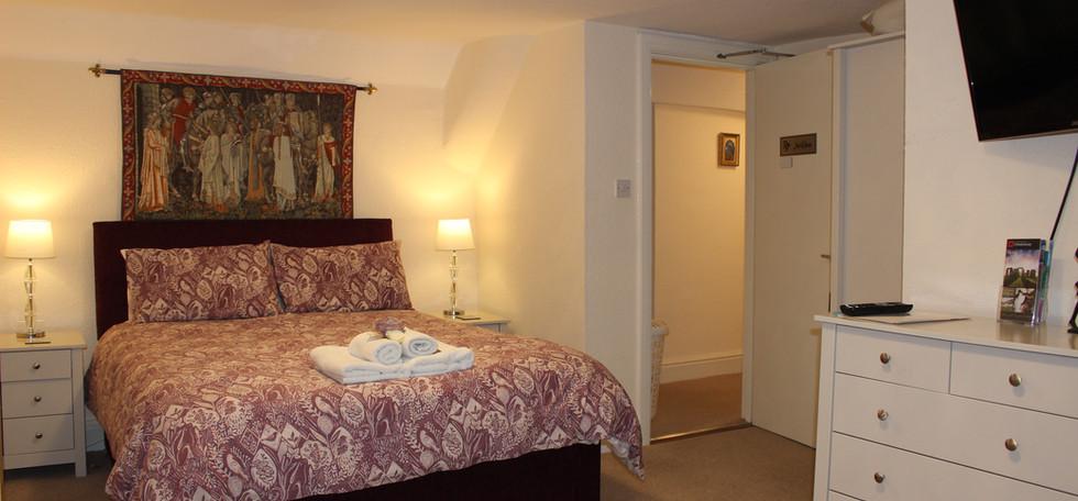 Jackdaw bedroom