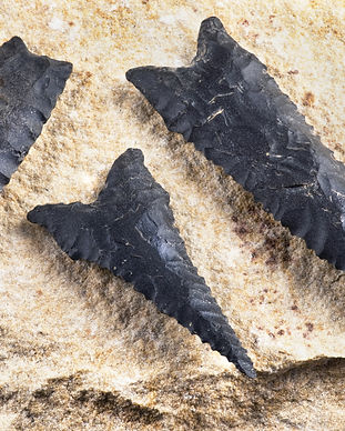 Paleo dalton serrated arrowheads made 80