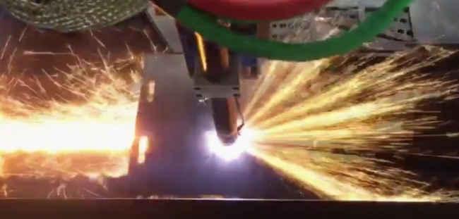 Máquina Corte a Plasma e Oxicorte CNC P. Chapas e Tubos