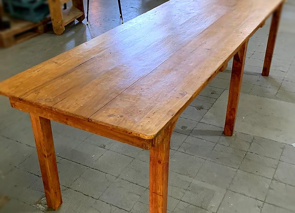Antic pine wood table