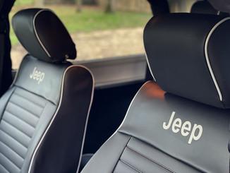 39 Jeep Wrangler JK 3 porte.jpg