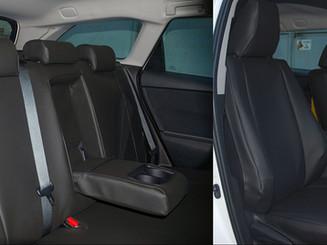 11 Toyota Auris.jpg