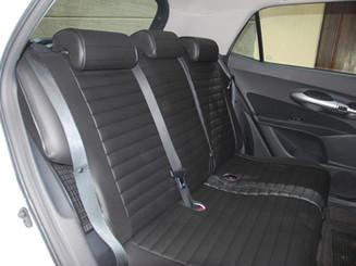 14 Toyota Auris