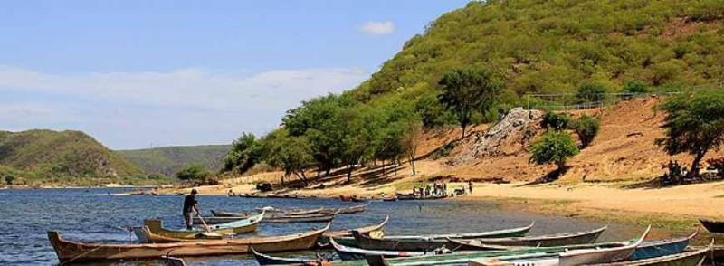 Do Arraial do Porto do Armazém ao povoado de Entremontes