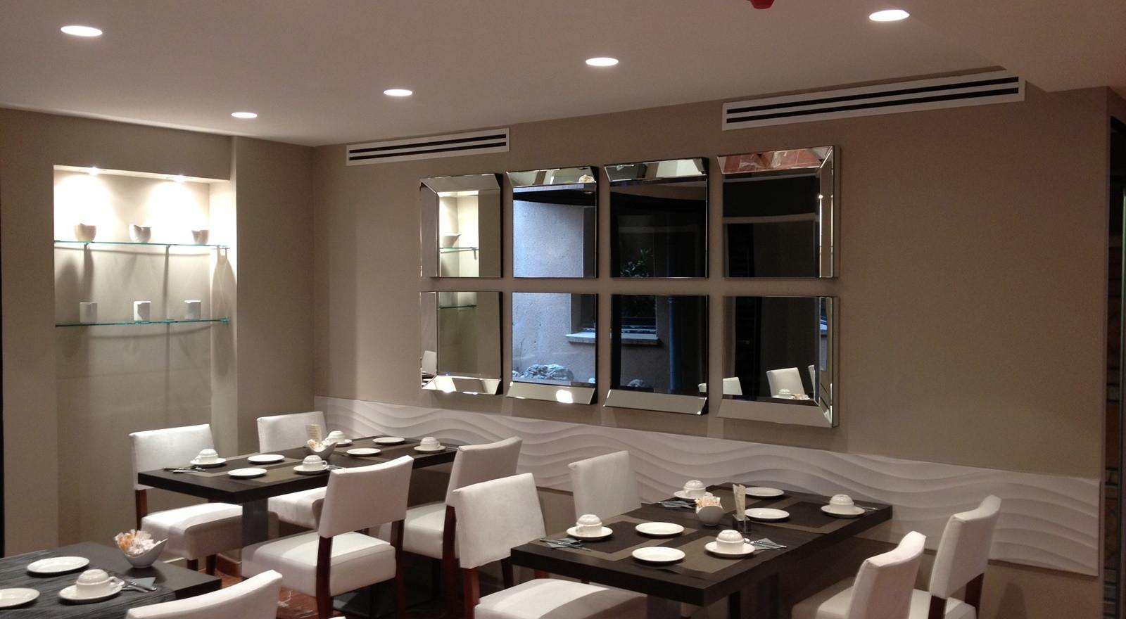HOTEL DE BRIENNE016.JPG