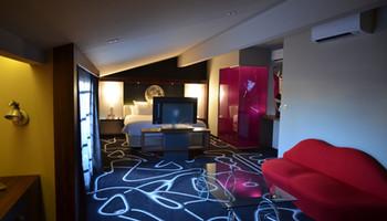 HOTEL DE BRIENNE001.JPG