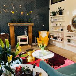 wax-lash-colfax-denver-waiting-room-tea-flowers