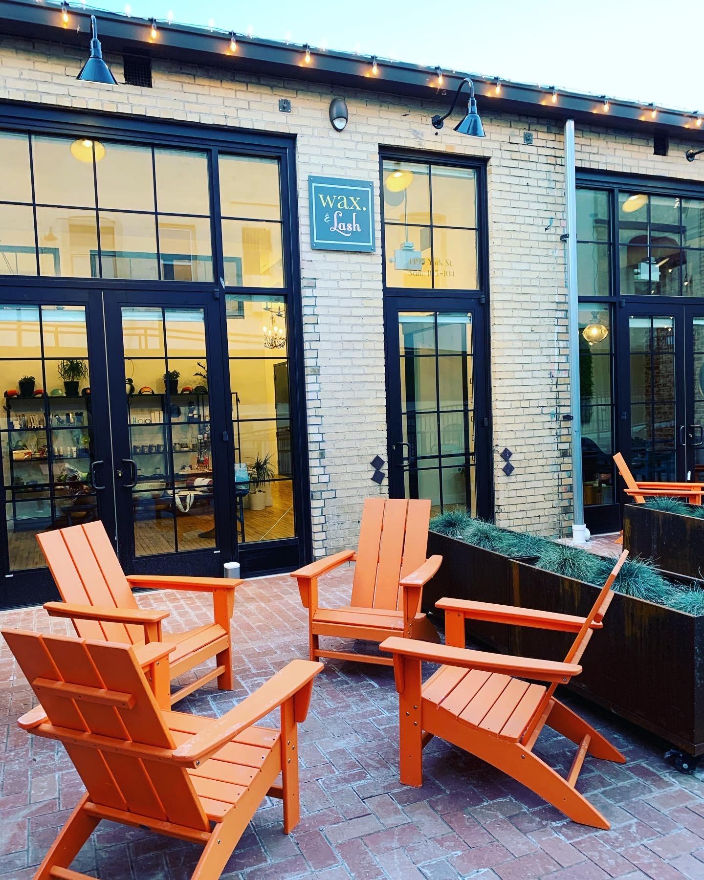 wax-lash-colfax-denver-entrance-outdoor-patio