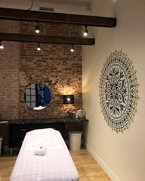 wax-lash-colfax-denver-treatment-room