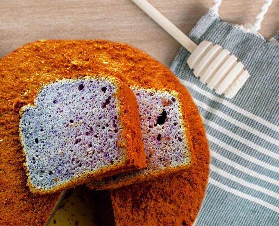 Bunga Telang Chiffon Cake