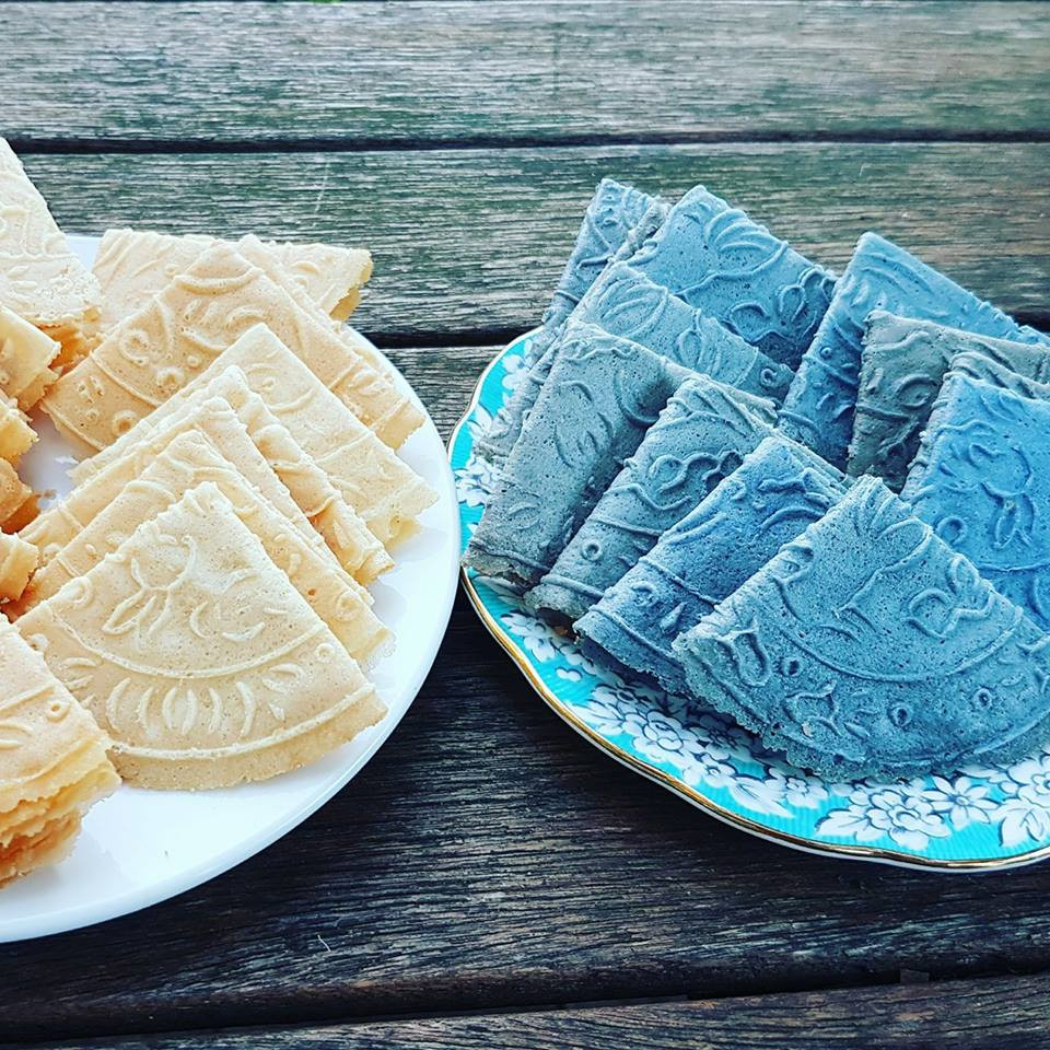 Kueh Kapit ! Chinese New Year ! My Blue Tea